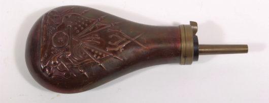 10053 - Pulverflasche Colt-Kopie ca. 1980