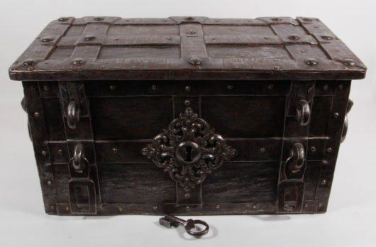 15555 - Eisenkasse, süddeutsch um 1620