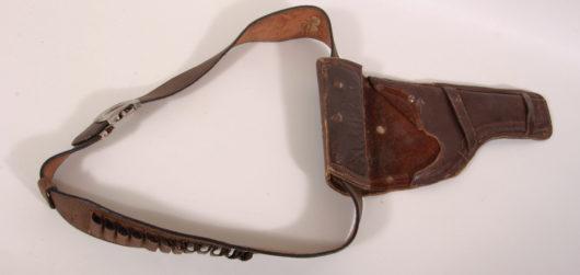 13331 - Pistolenholster mit Gürtel